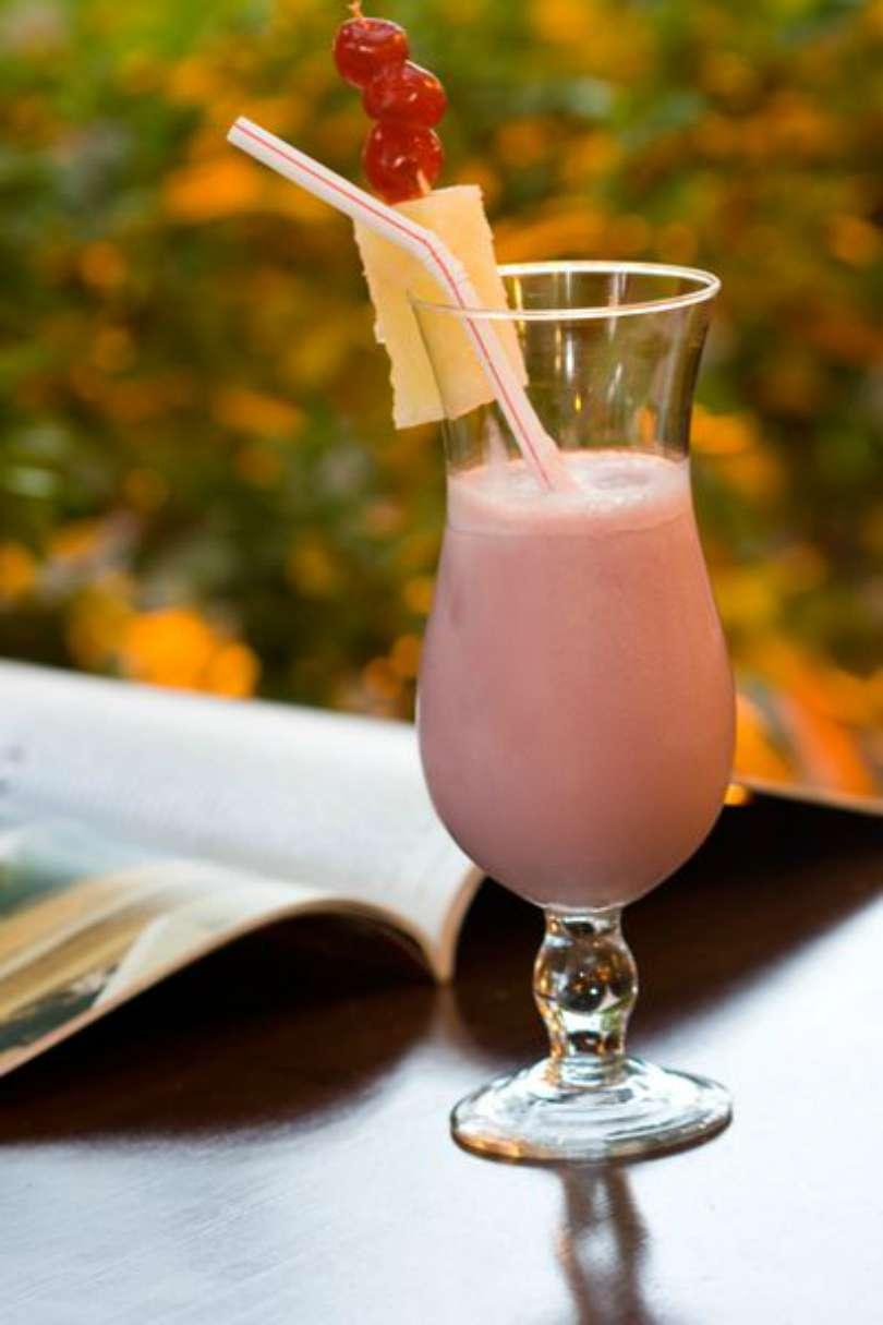 Pau na coxa (vinho com leite condensado)